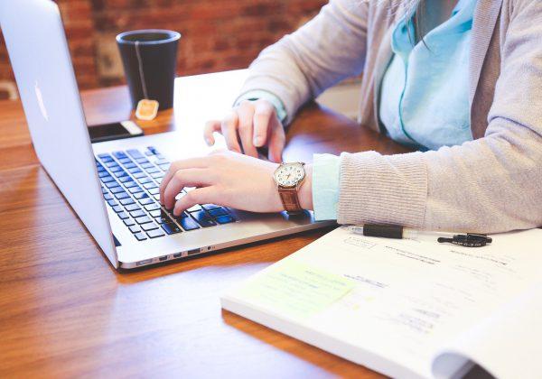 קורס לבניית אתרים: מה באמת לומדים שם?